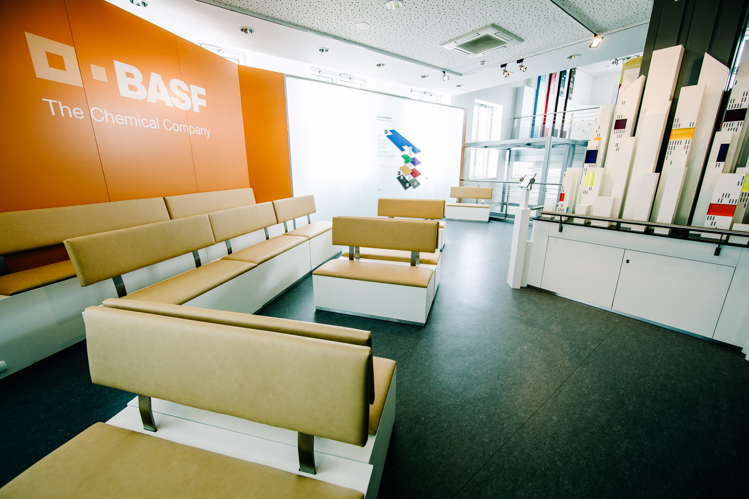 brandscape-online com | BASF Visitor Center, Welcome Level